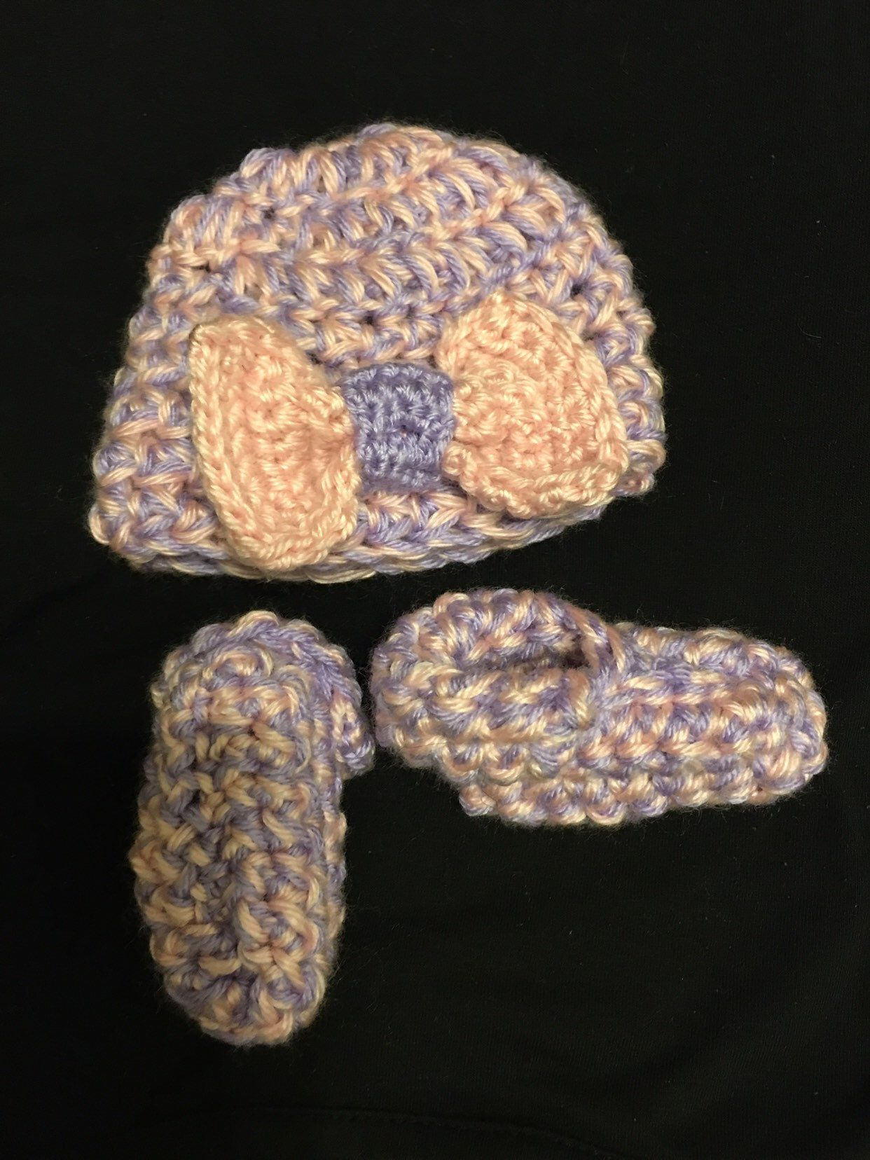 8829ebceedf Excited to share this item from my  etsy shop  Baby girl hat and booties set