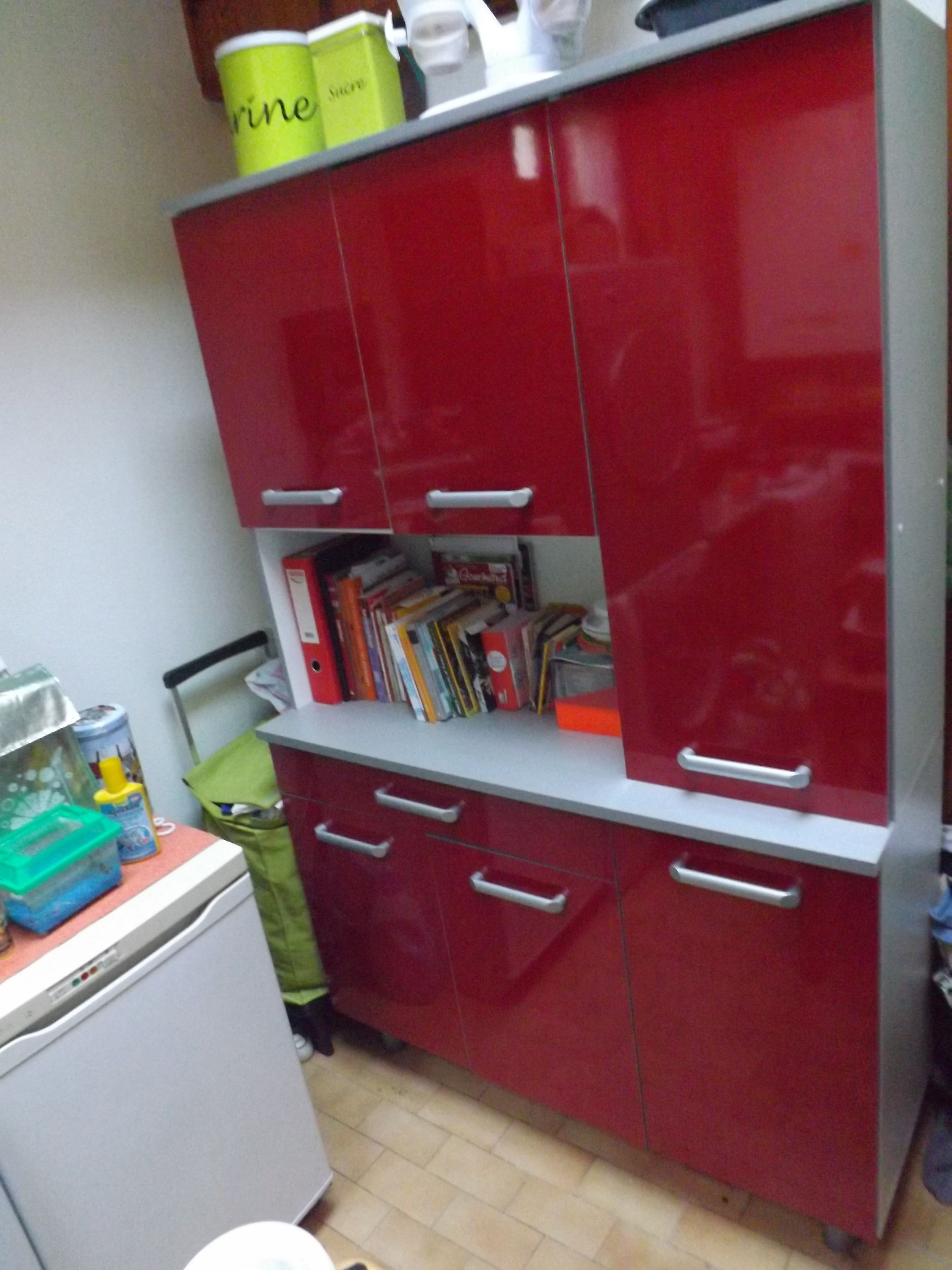 étourdissant Meuble De Cuisine Rouge Laqué Décoration Française - Meuble cuisine laque rouge pour idees de deco de cuisine