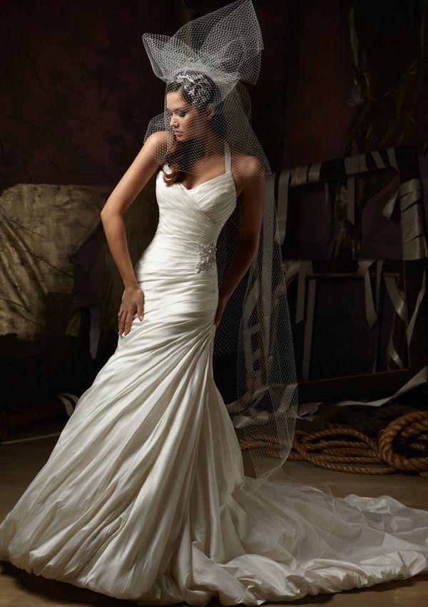 Luxurious Plus Size High-end Vintage Designer Custom Made Pleat Satin Elegant Formal A-line Bridal Wedding Dress Gown