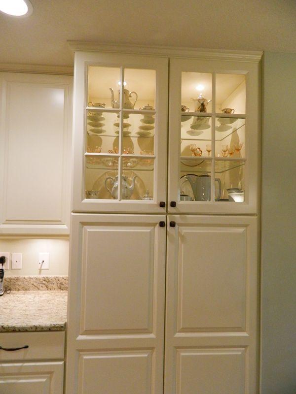 Kennedy Glass Cabinets http://www.stevenskitchens.com ...