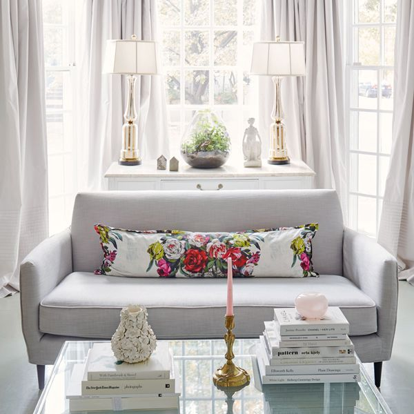 20 Beautiful Living Room Designs With Bay Windows Grey curtains