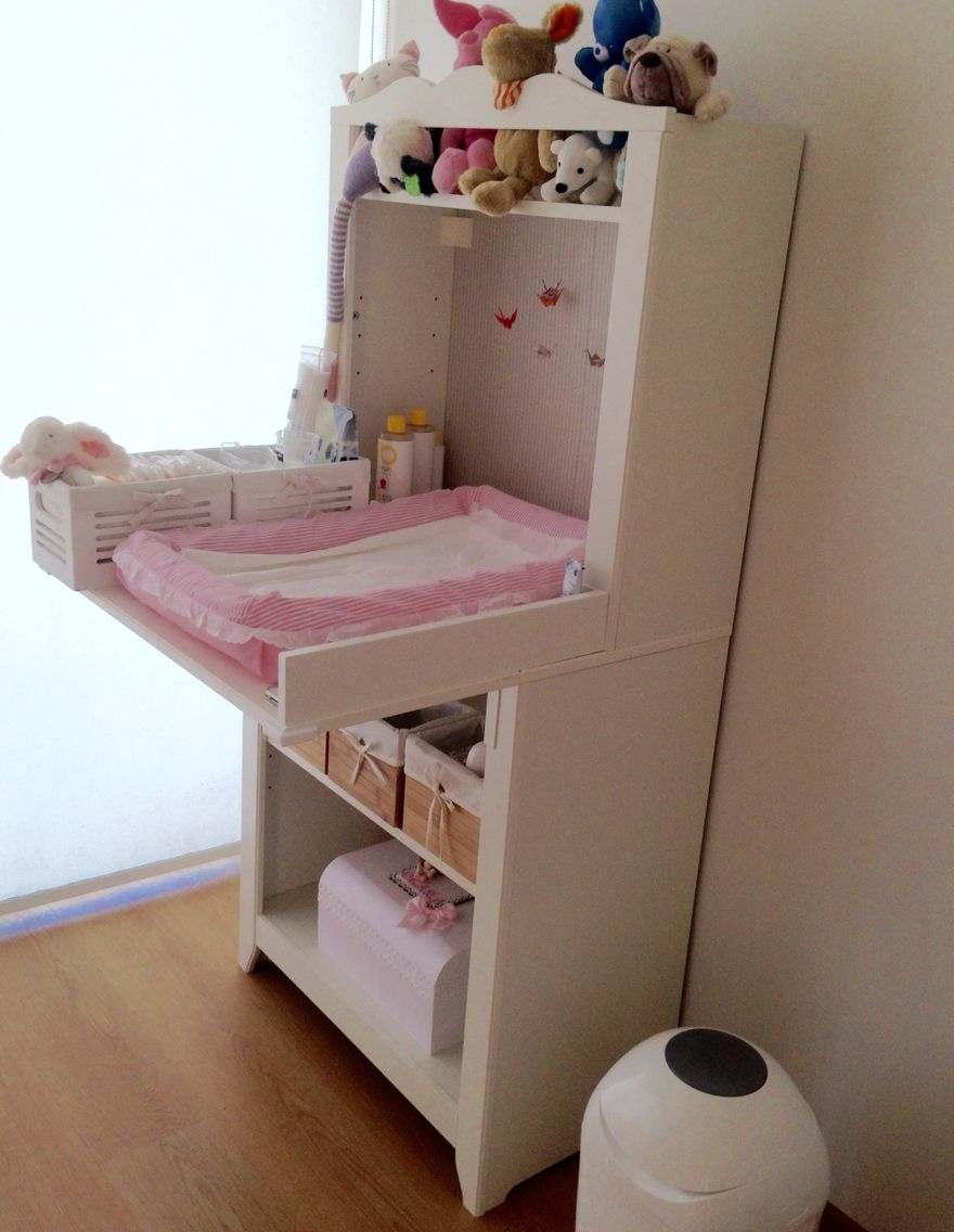 IKEA HENSVIK Changing Table