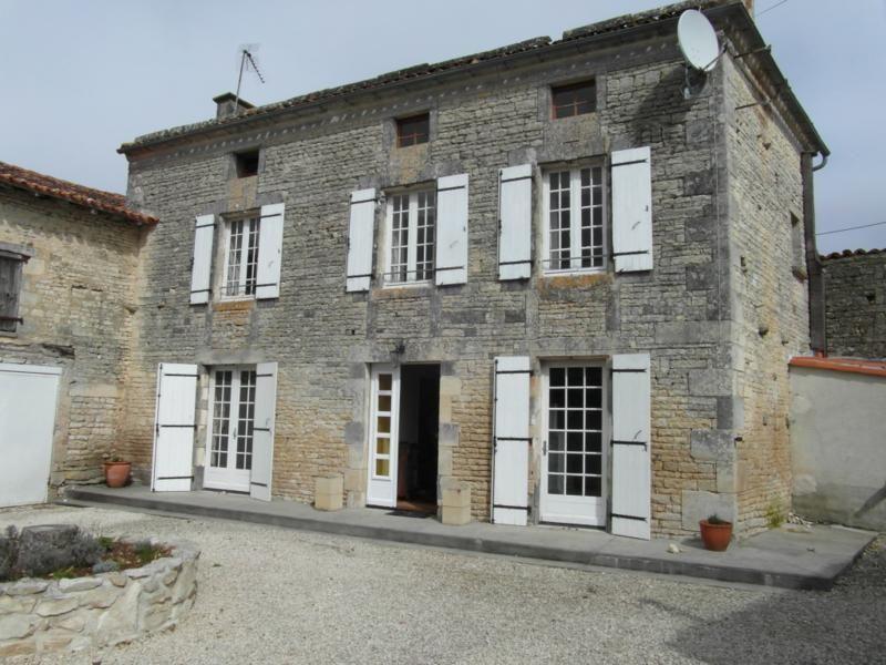 Charenteimmofr: Complexe de gîtes proche Aigre 448 350 #charente https://t.co/QtAxR84Icu https://t.co/Pmx3UUw2TK