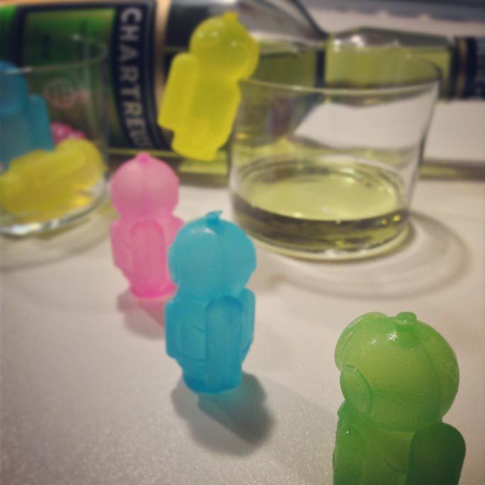 Chartreuse #chartreuse #drink #drinks #slurp #mirkoskitchen #benessere #tuttalavita #dazeus #machebene #liquor #yum #yummy #instagood #cocktail #cocktails #drinkup #glass
