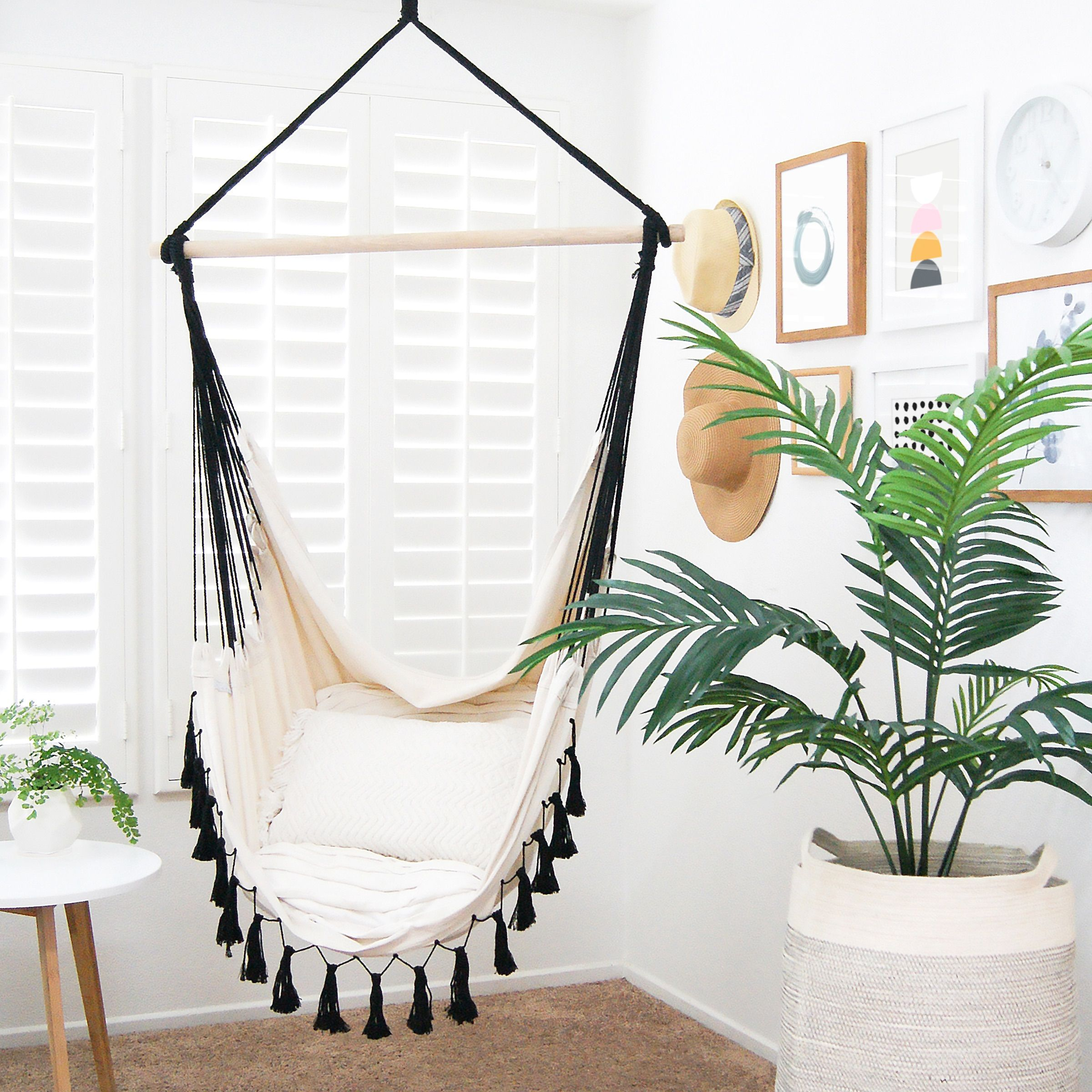 Snoop Around These House Tours Swinging chair, Hanging