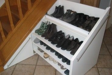 einbauschrank unter einer treppe ger umiger schuhschrank arrumar sapatos pinterest bau. Black Bedroom Furniture Sets. Home Design Ideas