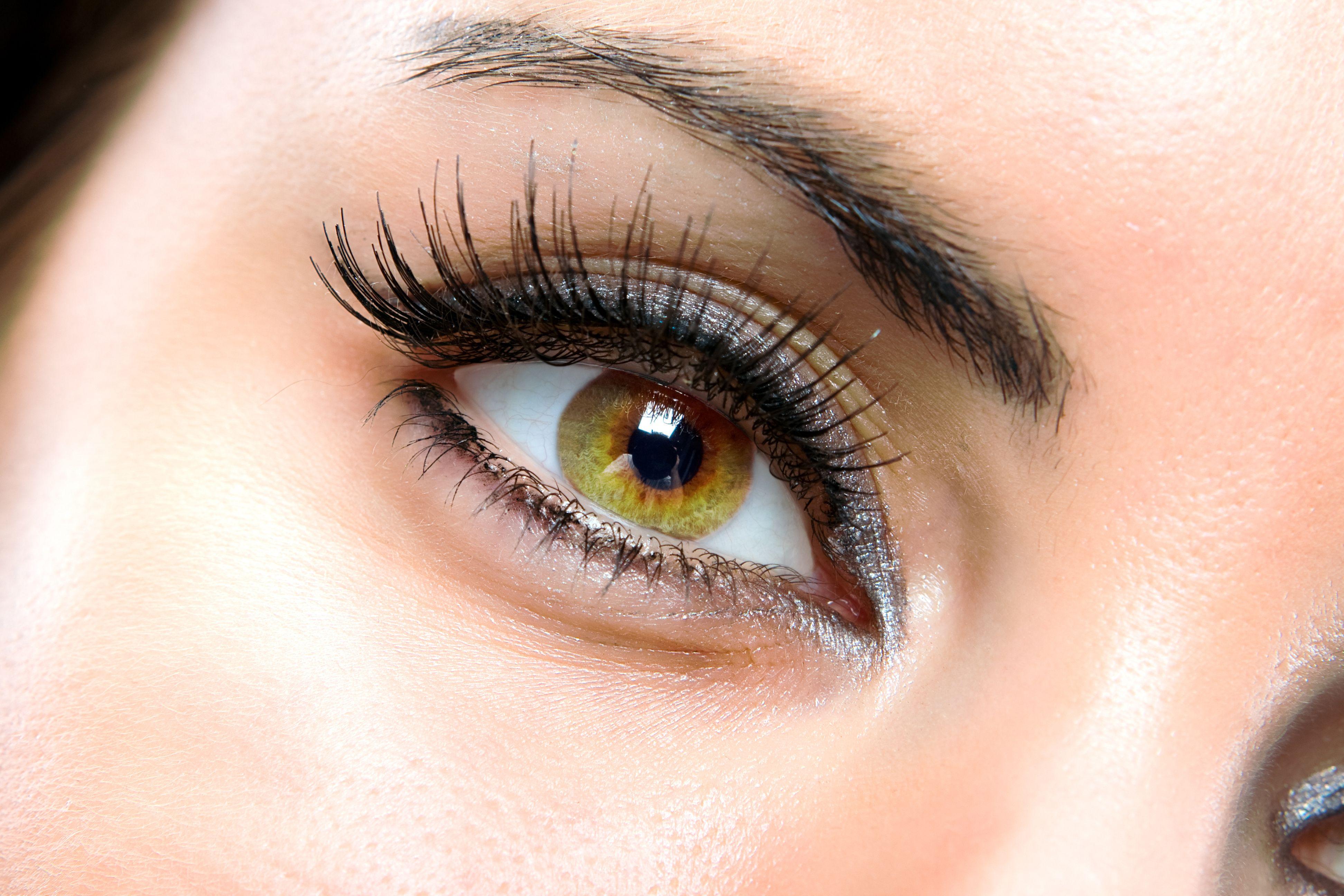 Long Eyelashes Brighten Up Eyes Make Them Look Bigger Get Eyelash