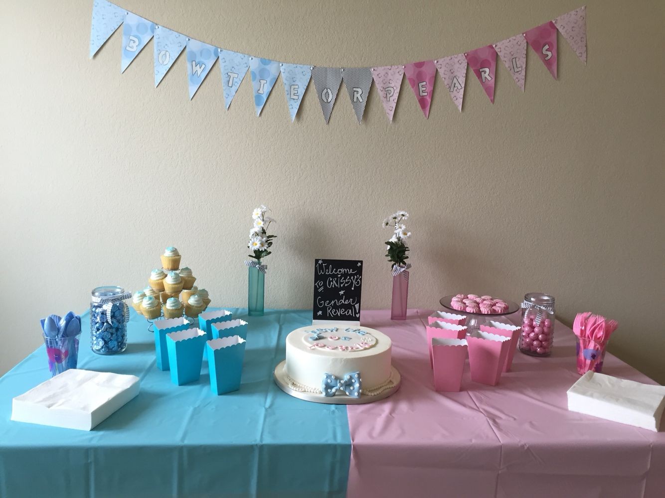 Gender Reveal Party Easy Table Setting Gender Reveal Party