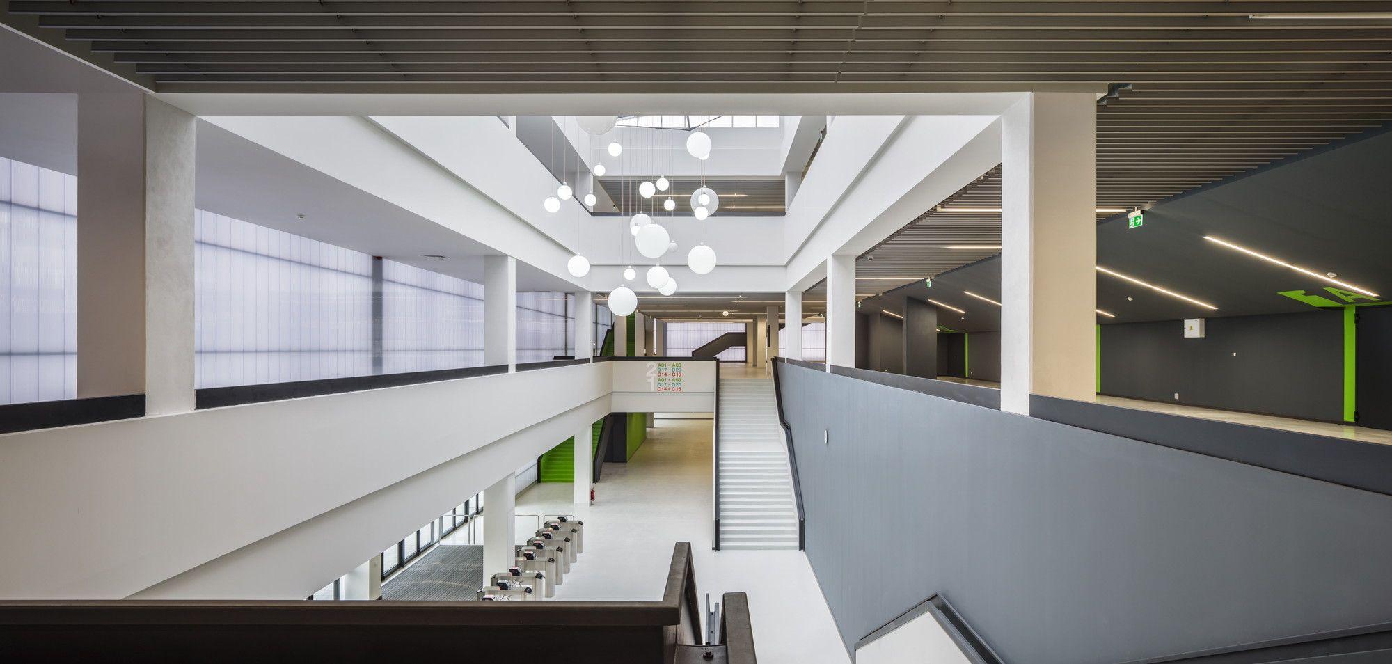 Gallery of Multifunctional Sports Hall / DICO si TIGANAS