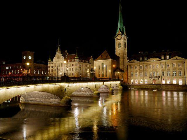 Zürich Switzerland at night