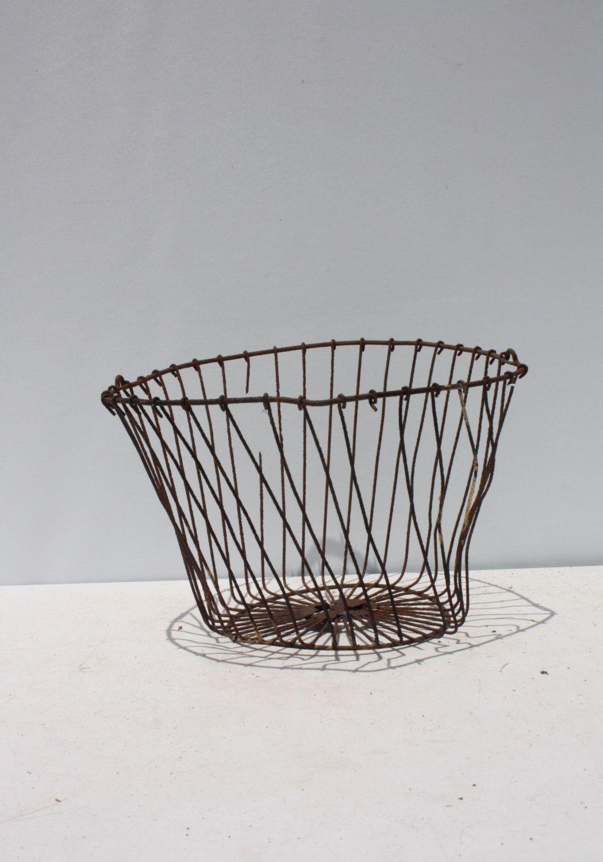Vintage Metal Wire Egg Basket Storage Planter Primitive Rustic Rusty ...