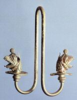 ARCHAEOLOGY.   Gold earring from Milo (Greece). Goldsmith art, Greek Civilization.