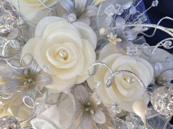 Ramo De Novia Plateado Marfil Ramo De Novia Ramo De Etsy Bridal Bouquet Bouquet Mixing Fabrics
