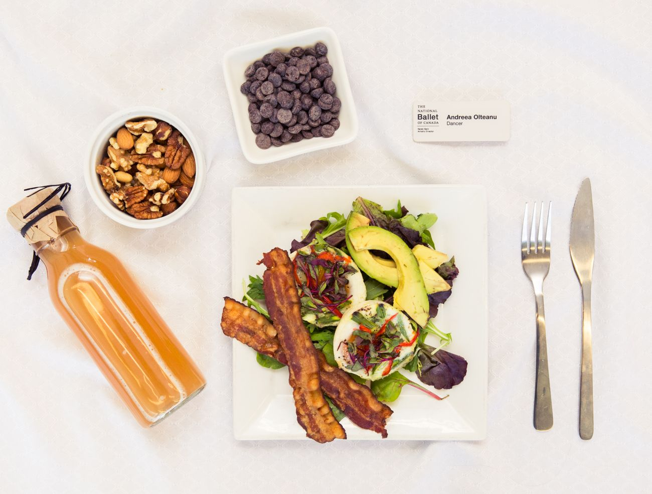 Forget the Black Swan clichés. Here are nutritious (& delicious) meals dancers rely on for fuel.