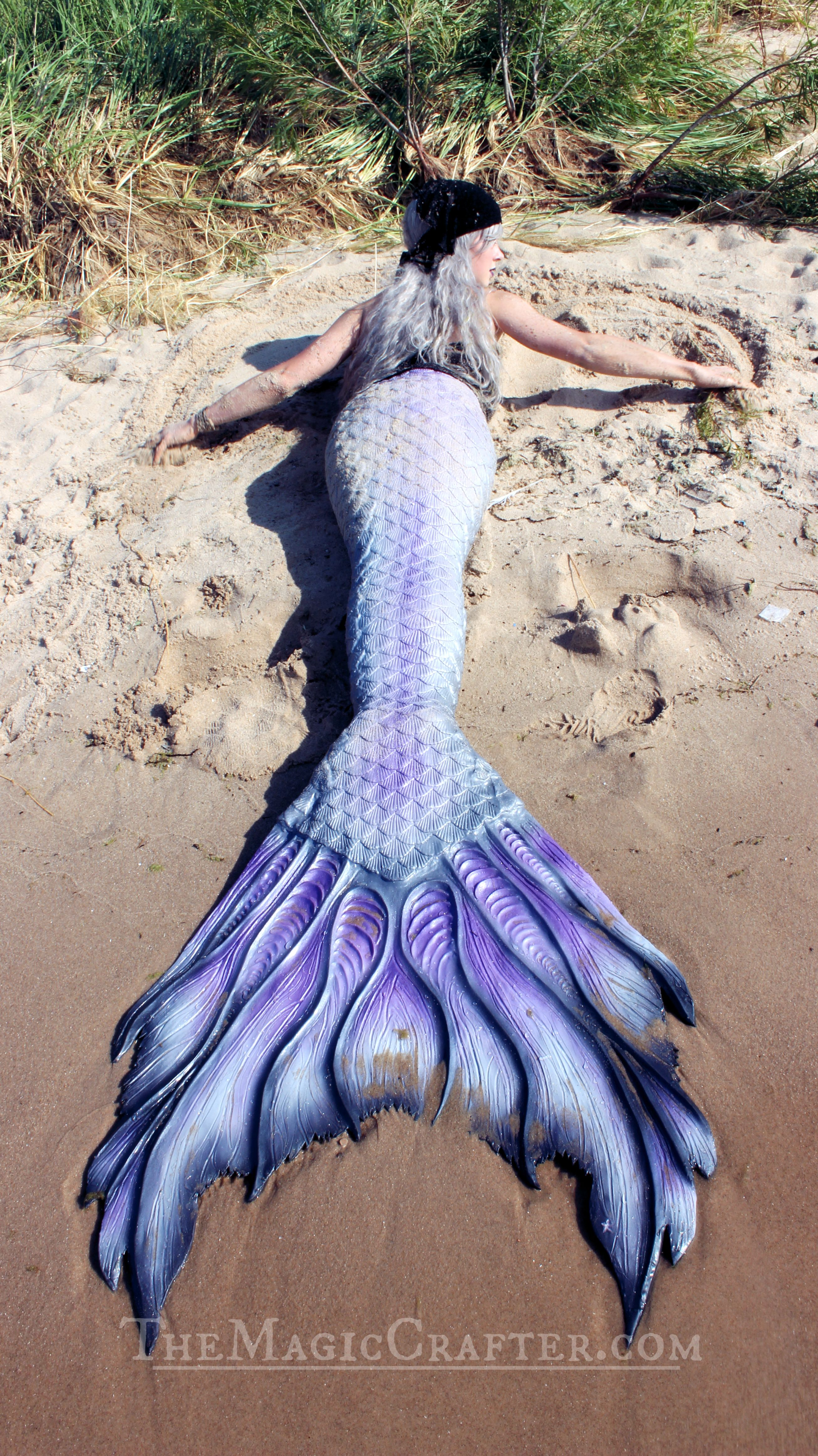 a36d015238a443 Real Life Mermaid: Click to watch Videos of mermaids swimming in the water.  This