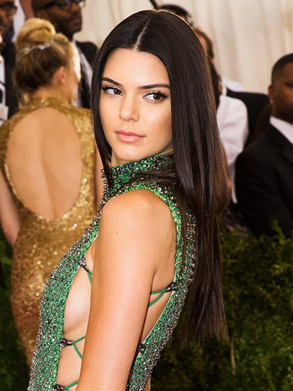Every Lipstick Celebs Wore On The Red Carpet At The Met Gala Red Carpet Hair Straight Prom Hair Middle Part Hairstyles