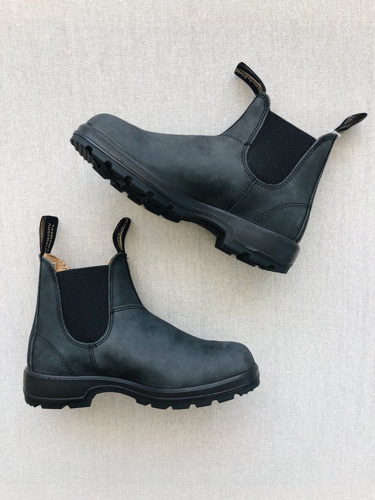 Women Super 587 Boots In Rustic Black Blundstone Boots Chelsea Boots Women Boots