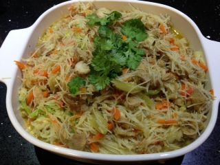 Singapore Noodles - Quirky Cooking