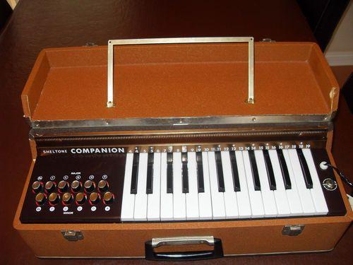 Vintage Sheltone Companion Electric Air Organ Ebay