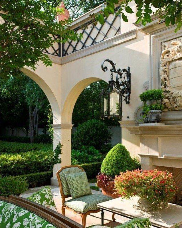 elegant outdoor living elegant outdoor living lambertlandscapecompany gardenlife outdoorliving classicaldesign dallastx gardens gardendesignu2026