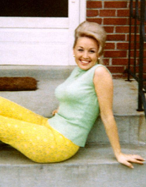 75081d1ff11cb Dolly Parton (1960s). in 2019