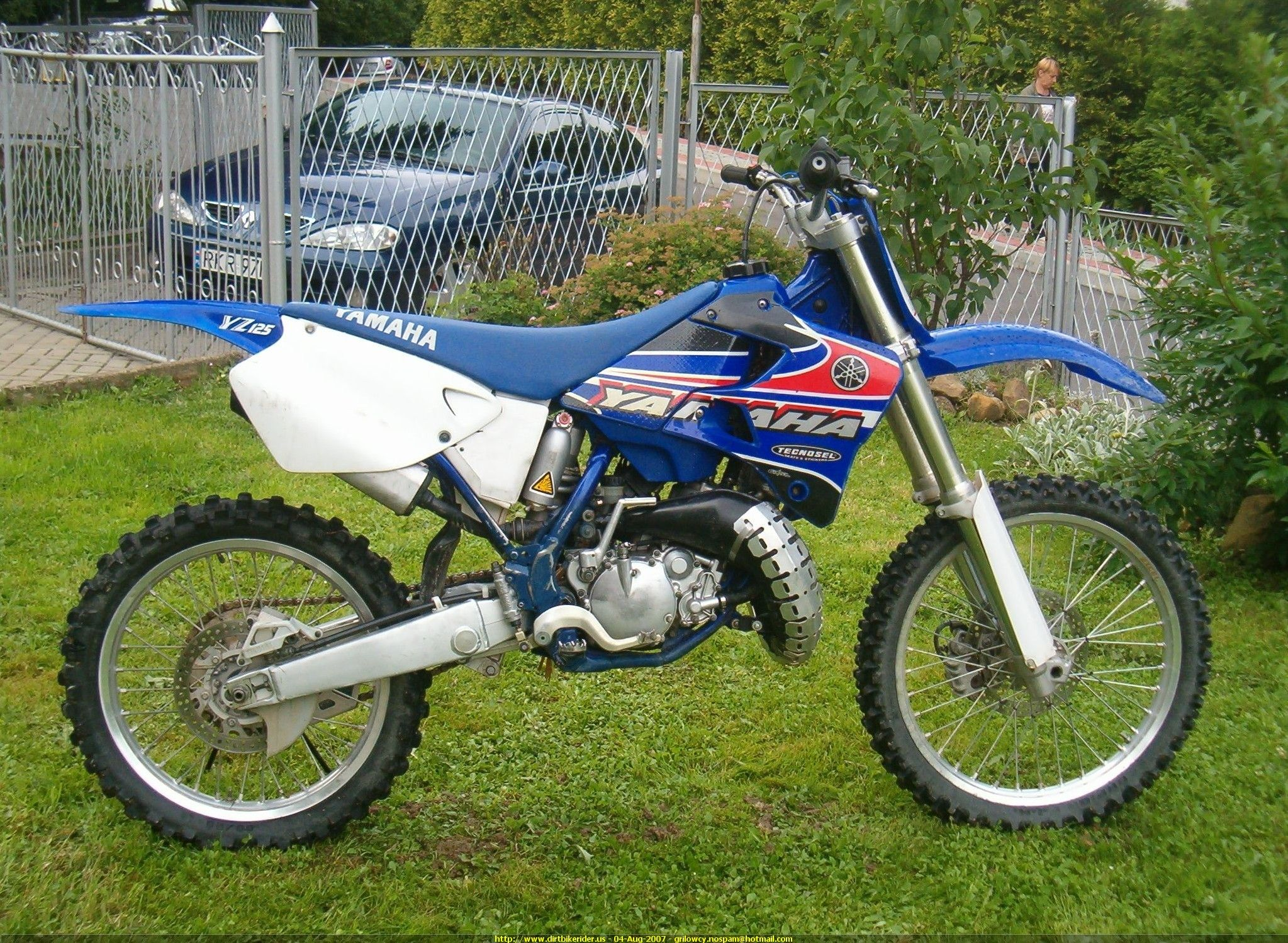 Click On Image To Download 2001 Yamaha Yz125 Owner S Motorcycle Service Manual Motorcycle Dirtbikes Yamaha