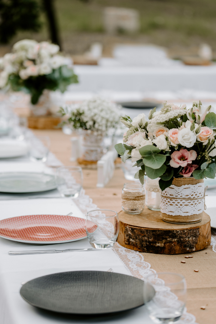 Comment Faire Un Centre De Table Avec Des Fleurs 15 idées de centres de table avec fleurs | centre de table