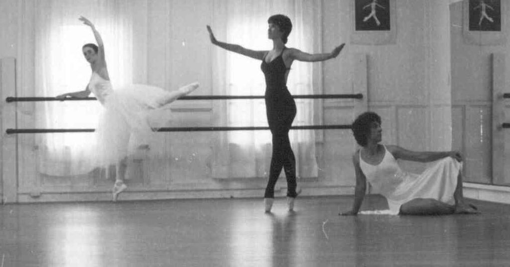 Many Dancers Not All Necessarily Dancing Dance Instruction Dance Studio Dance