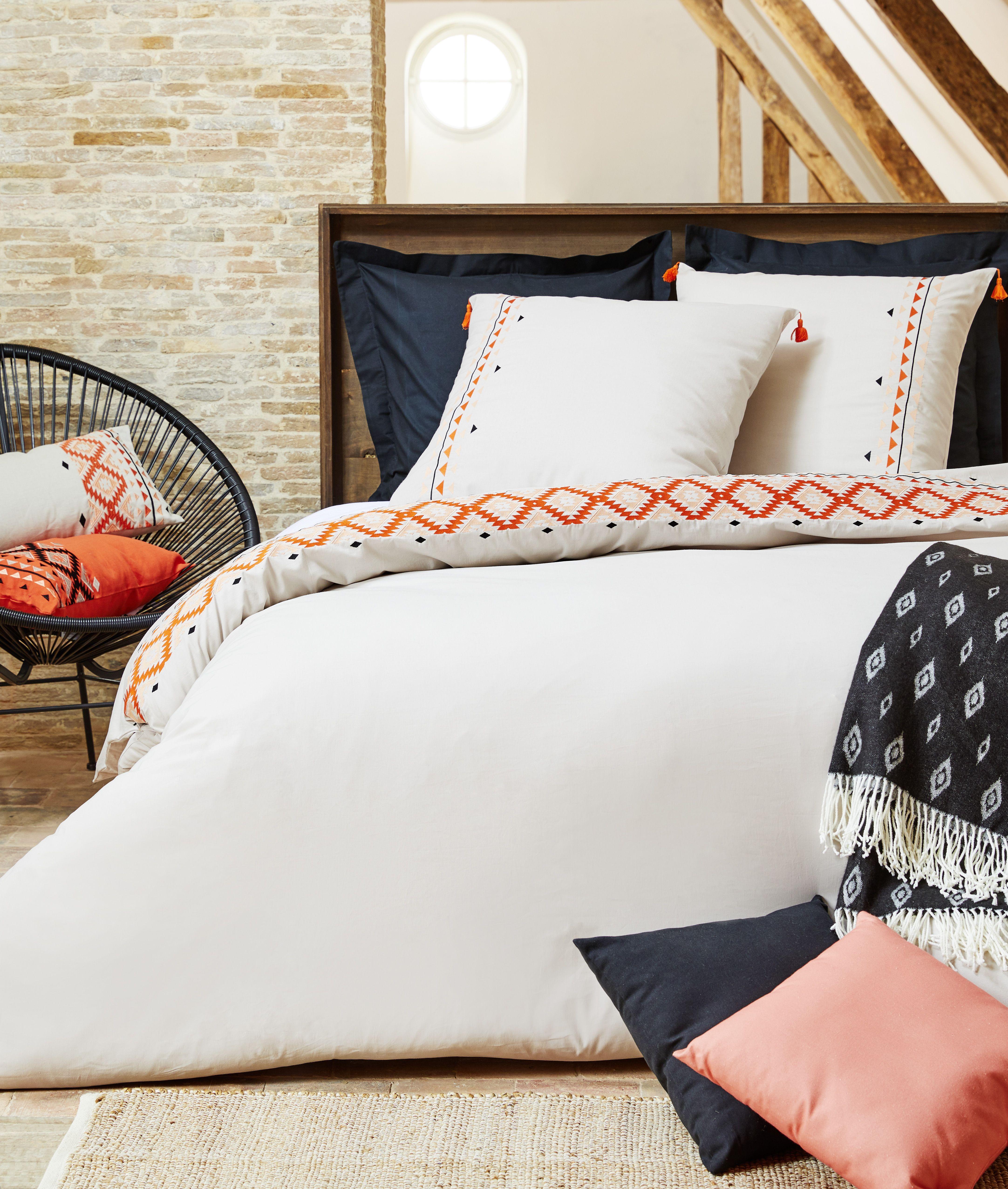 guirlande lumineuse carrefour guirlande lumineuse. Black Bedroom Furniture Sets. Home Design Ideas