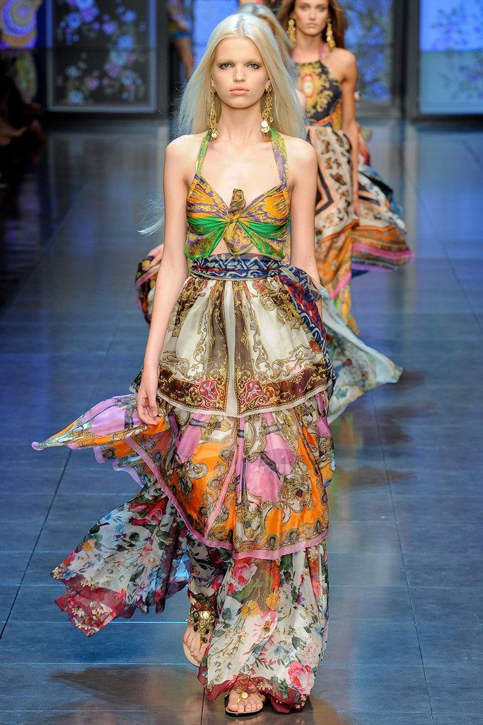 e2c095f26dd3 D&G Spring 2012 Ready-to-Wear Fashion Show | DOLCE & GABBANA CLOSET ...