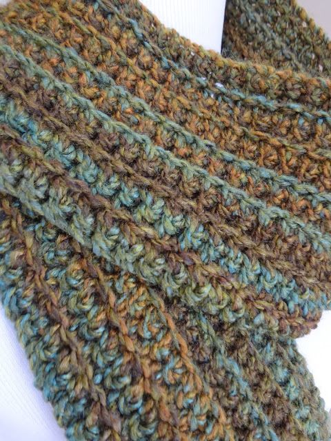 The Wise Oak Scarf is a basic ribbed scarf that is warm and lofty ...
