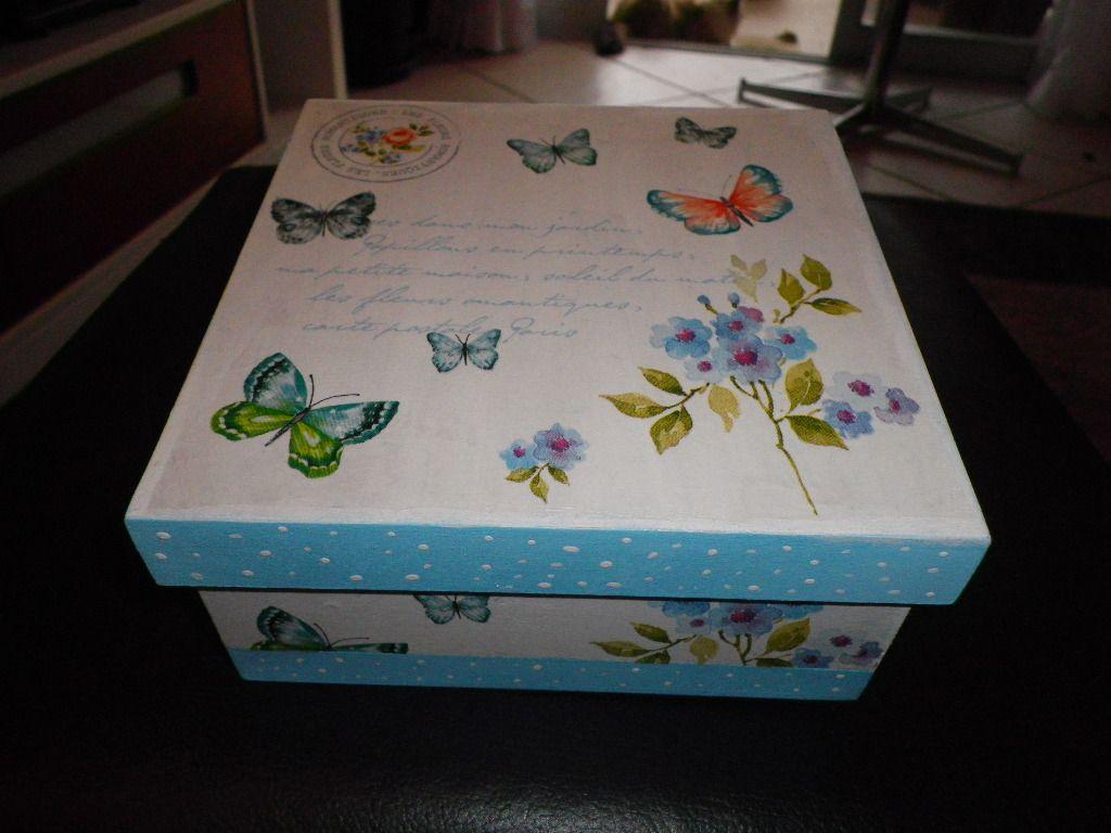 Caixa borboletas decoupage.