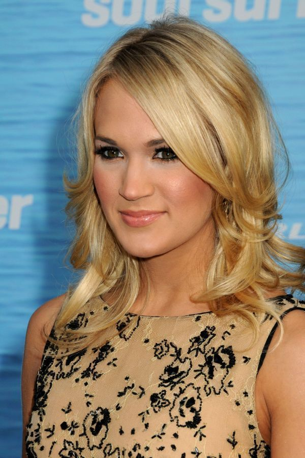 carrie underwood - Google Search | Shoulder length hair ...