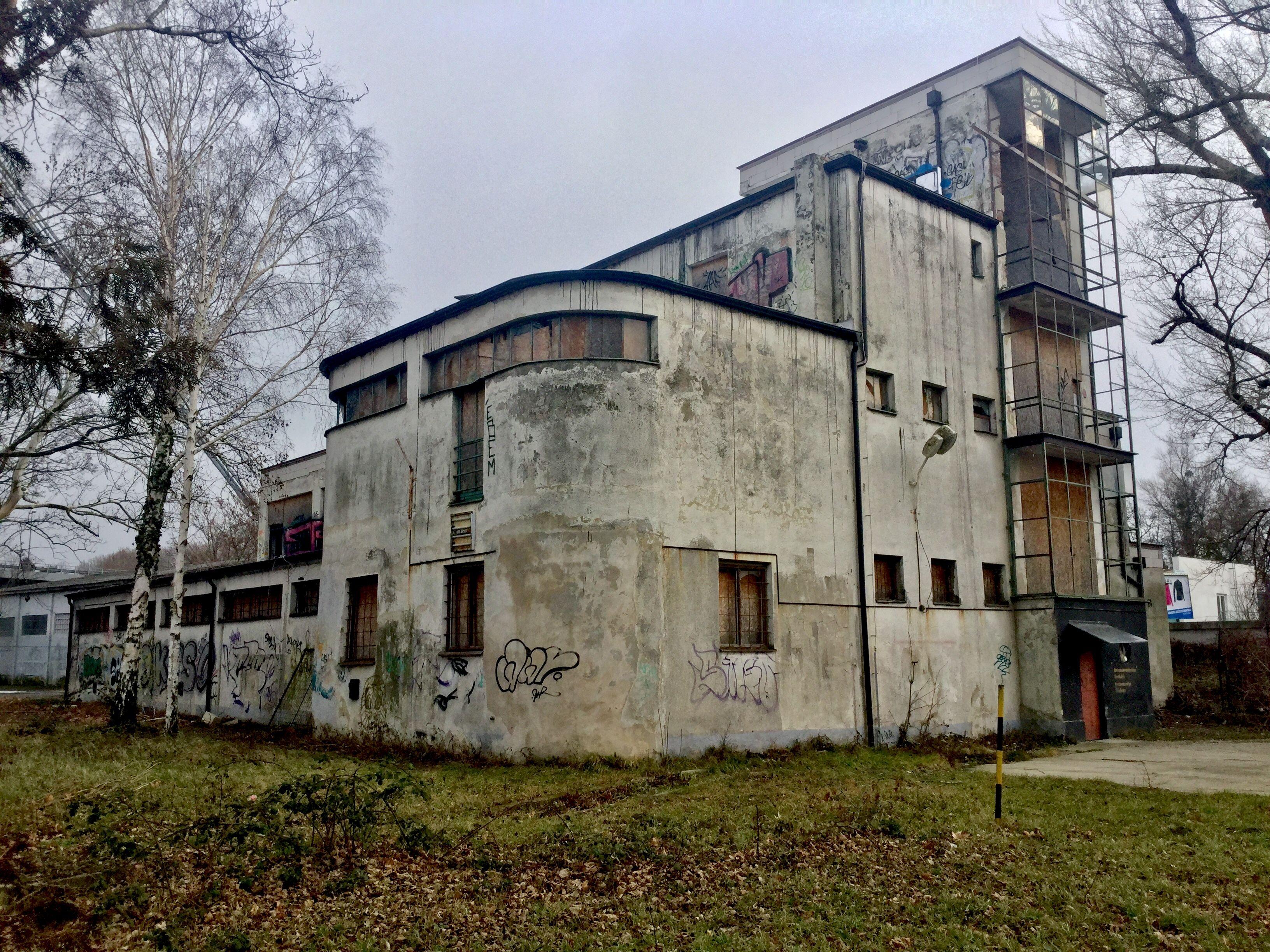 Deutscher Ruderclub Bratislava 2018 Bauhaus Architektur Architektur Bratislava