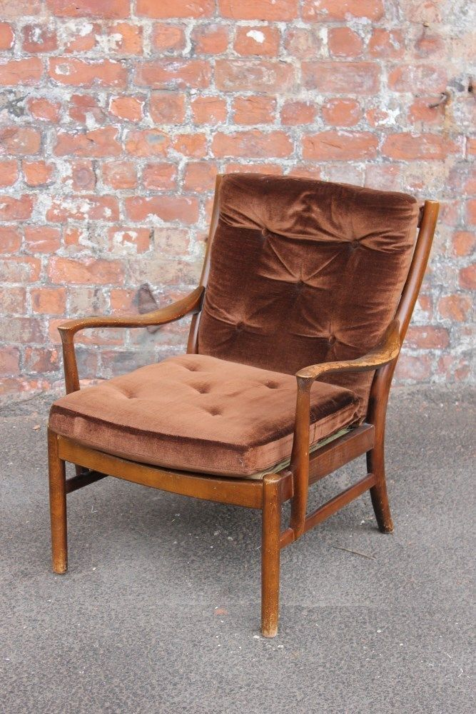 VINTAGE PARKER KNOLL ARMCHAIR - MID-CENTURY VINTAGE EASY CHAIR FOR A  PROJECT in Antiques - VINTAGE PARKER KNOLL ARMCHAIR - MID-CENTURY VINTAGE EASY CHAIR FOR A
