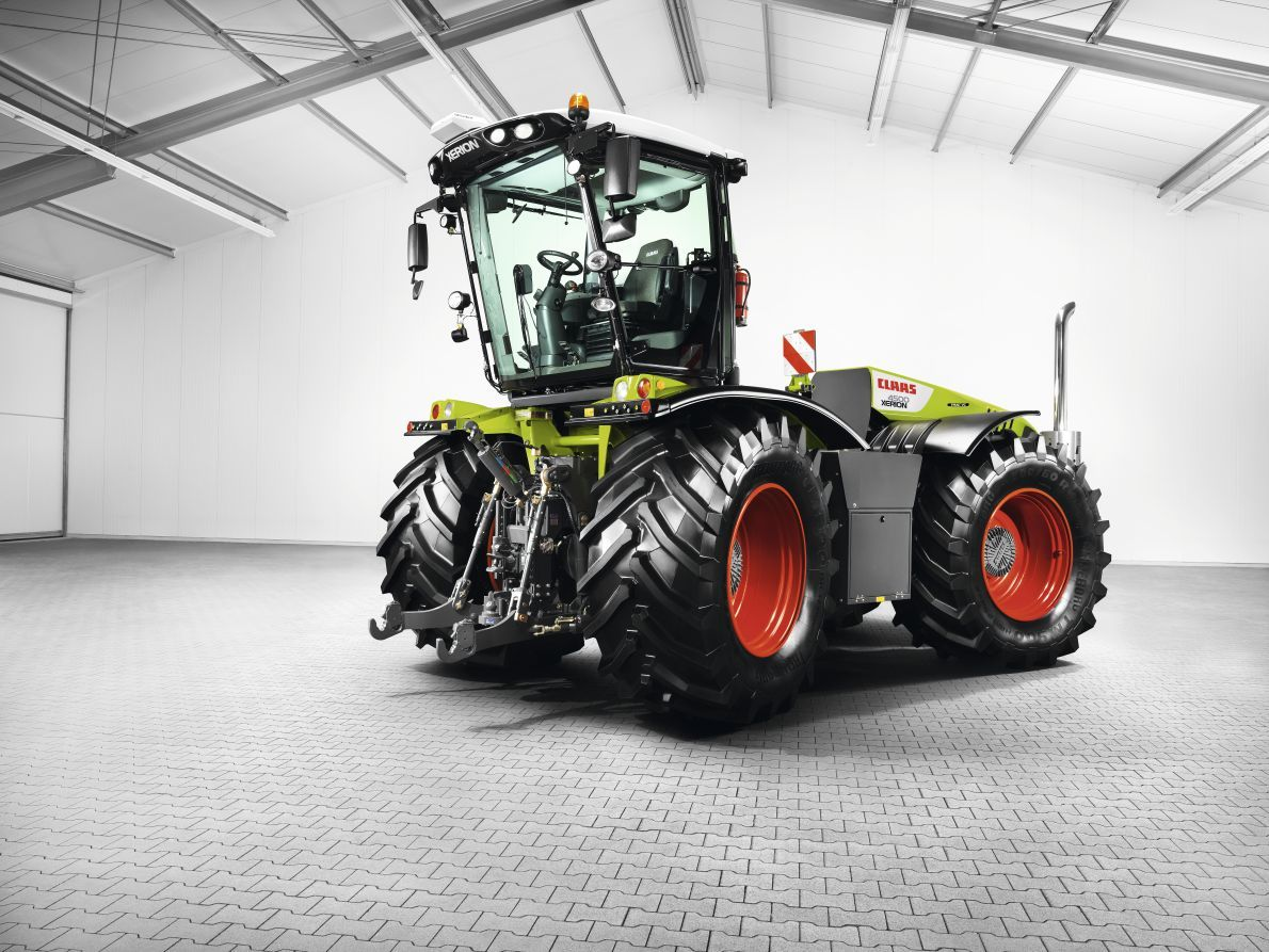 Xerion 4500 / Claas Tractors, Farm machinery, New tractor