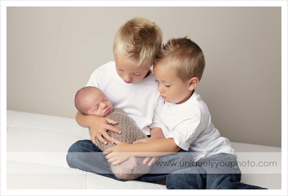 lincoln nebraska newborn photographer   www.uniquelyyouphoto.com