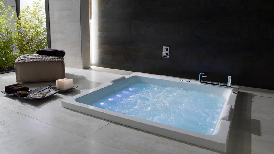 Hot tub | Bathrooms | Pinterest | Spa, Tubs and Interiors