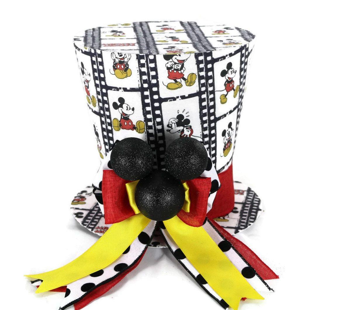 Estos sombreros de carácter, son creados por sueños de fiesta y son ...