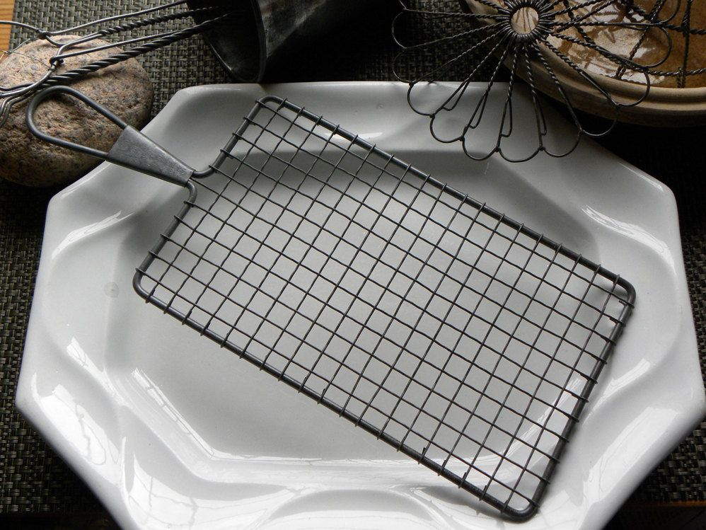 Antique Pristine French Bakery Long Rectangle Wire Ware Trivet