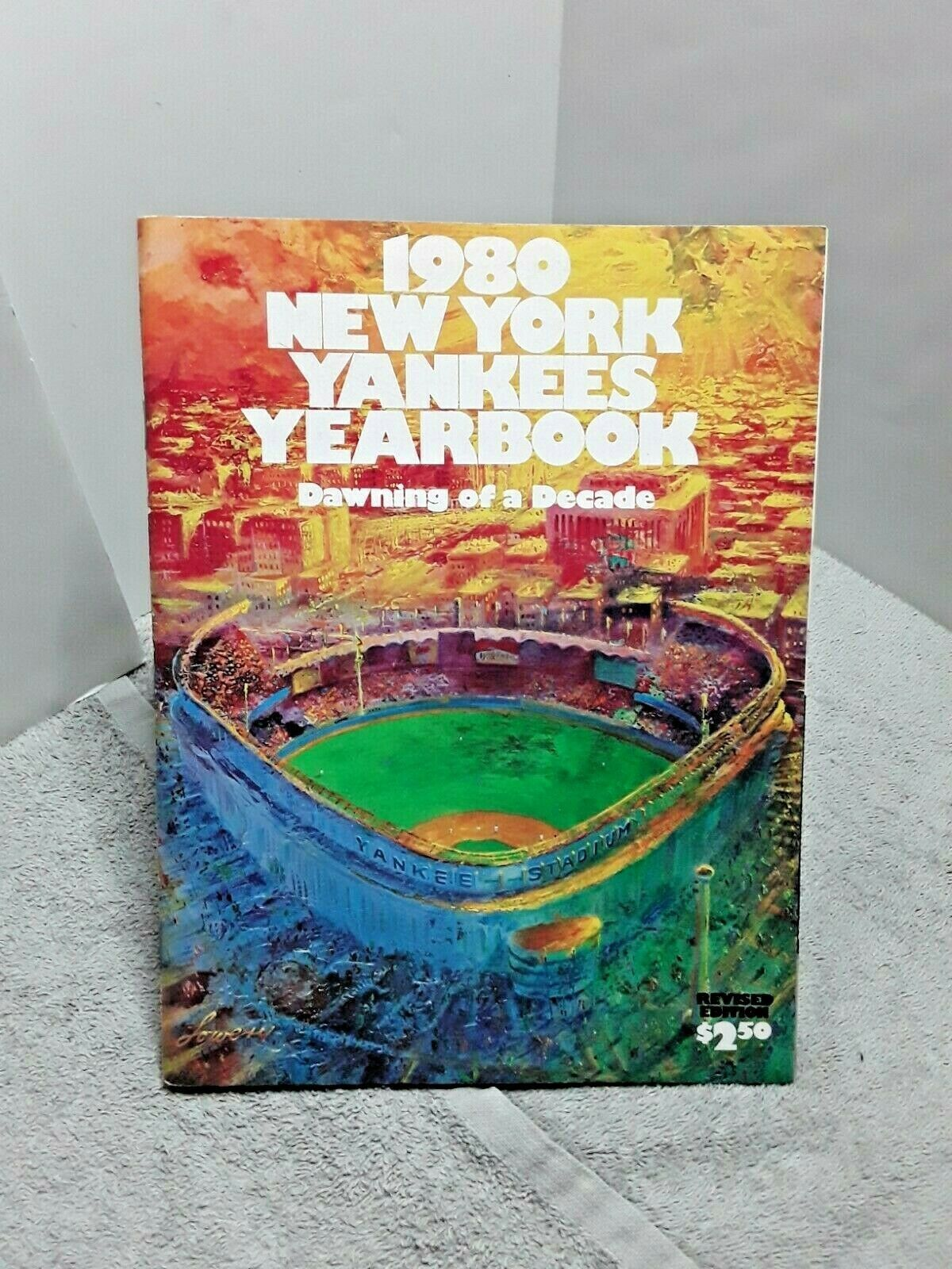 New York Yankees 1980 Official Yearbook With Inner Foldout Poster Vintage By Fchoicevintage On Etsy In 2020 New York Yankees Vintage Posters Yankees