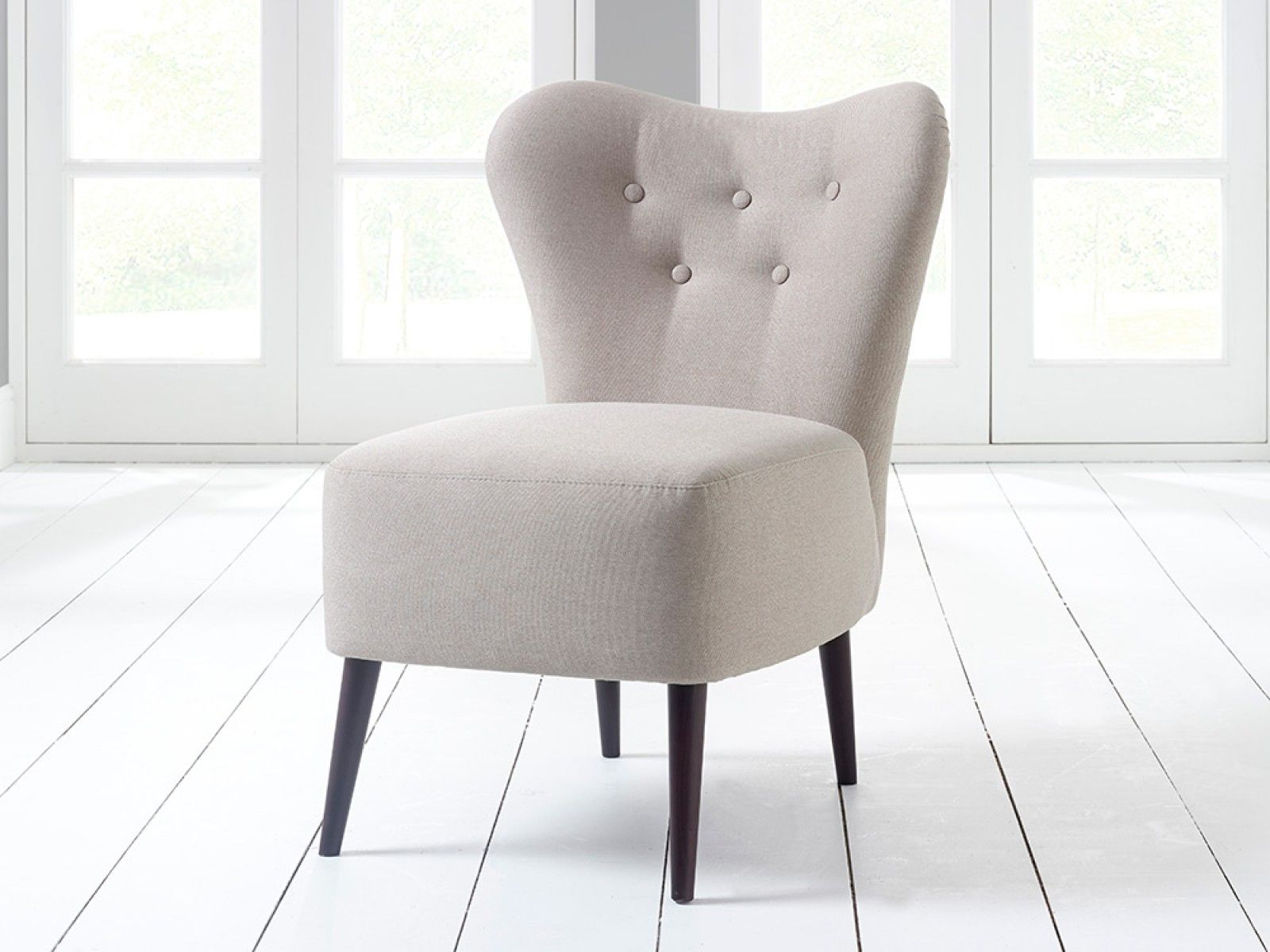 Arianna Chair with Buttons | Chair, Bedroom chair ...
