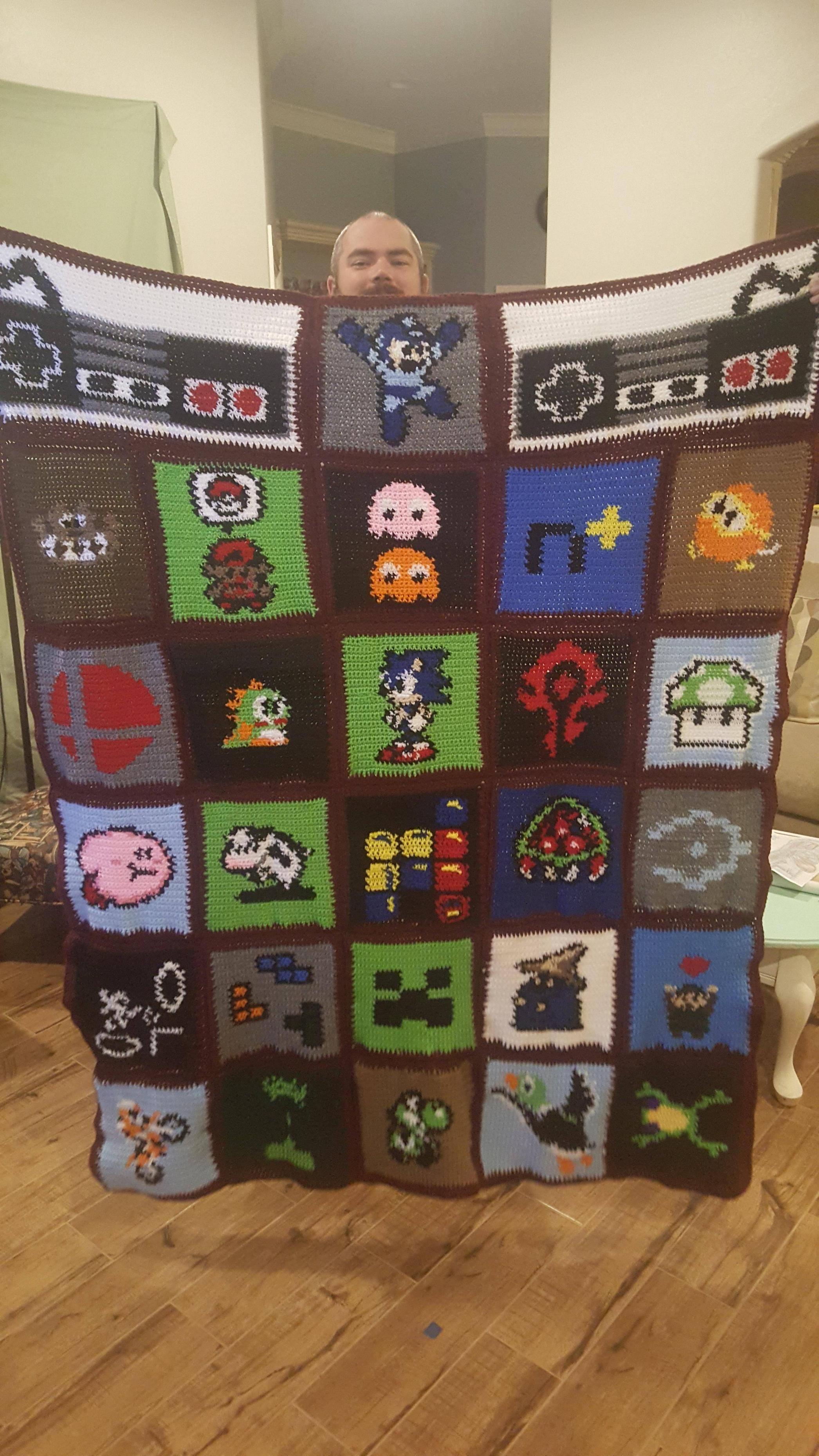 My anniversary gift to my husband he loves it gamer