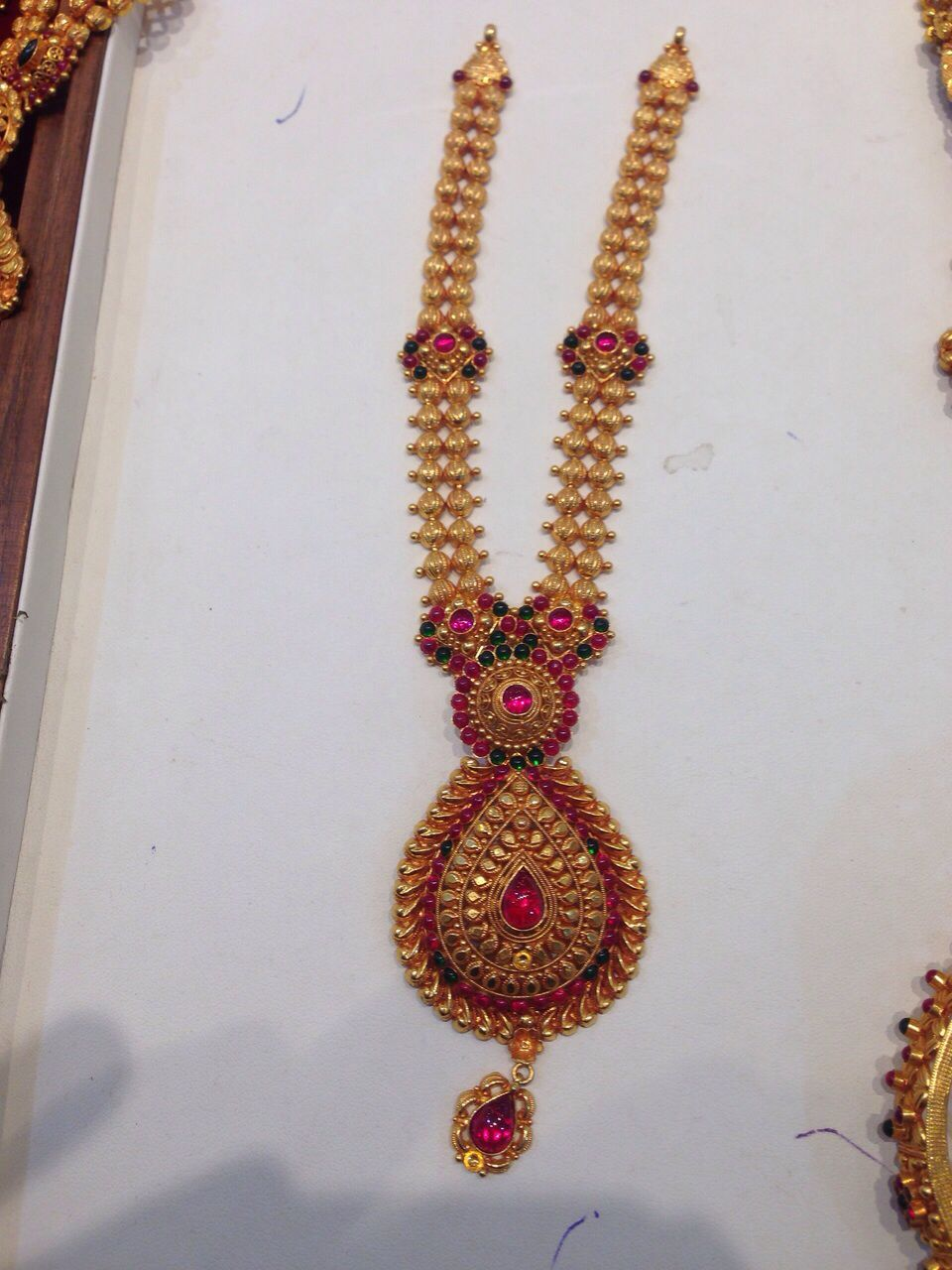 Temple Jewellery Gold Necklace Online
