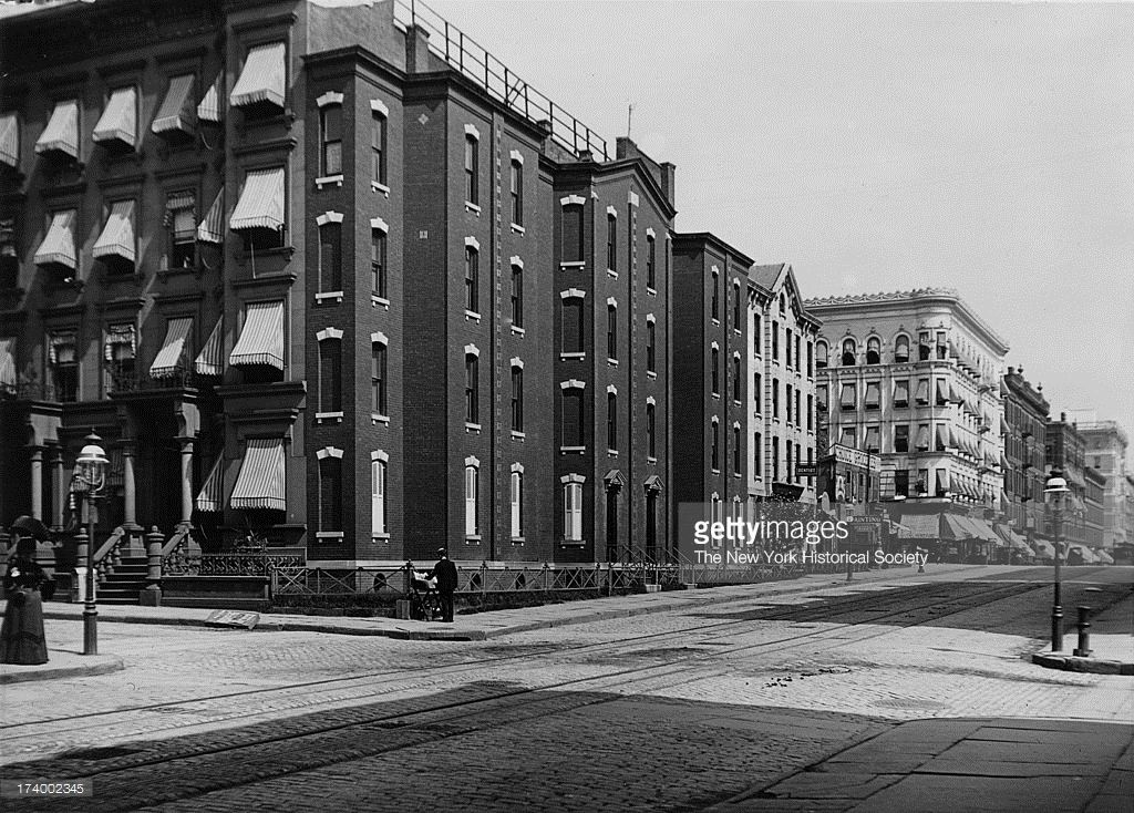 Joseph Richardson S Spite House Corner Of Lexington Avenue And 82nd Spite House Lexington Avenue House