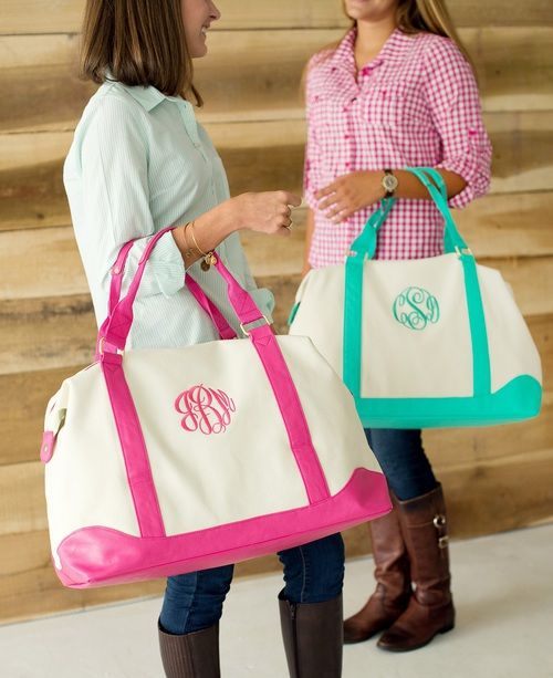 Mint and Pink Sullivan Bags. These are perfect for traveling!