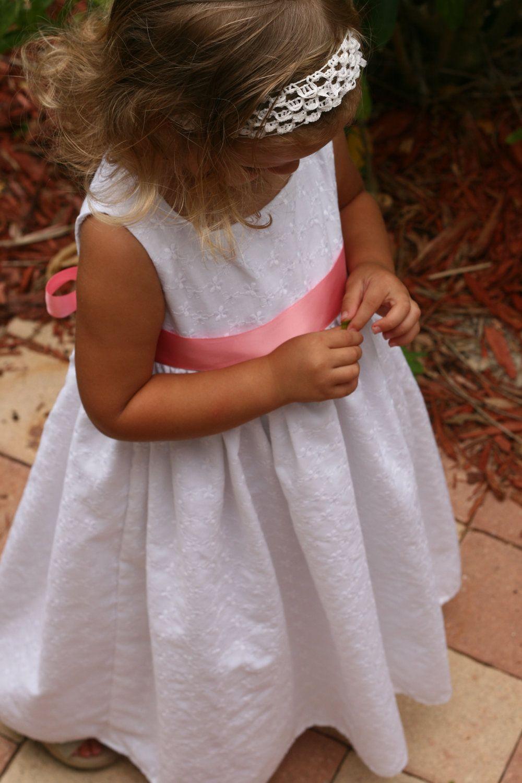 Little Girls White Eyelet Dress 03 Months 4t By Sunshinecreated 25 00 White Eyelet Dress Eyelet Dress Flower Girl Dresses [ 1500 x 1000 Pixel ]