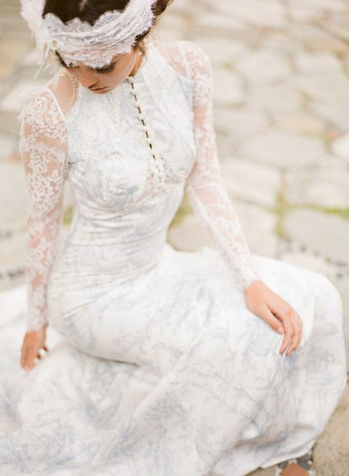 claire pettibone  u2018toile francais u2019 wedding gown