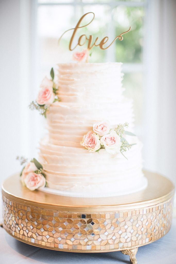 Beautiful Ruffled Wedding Cake With Fresh Florals Florals By