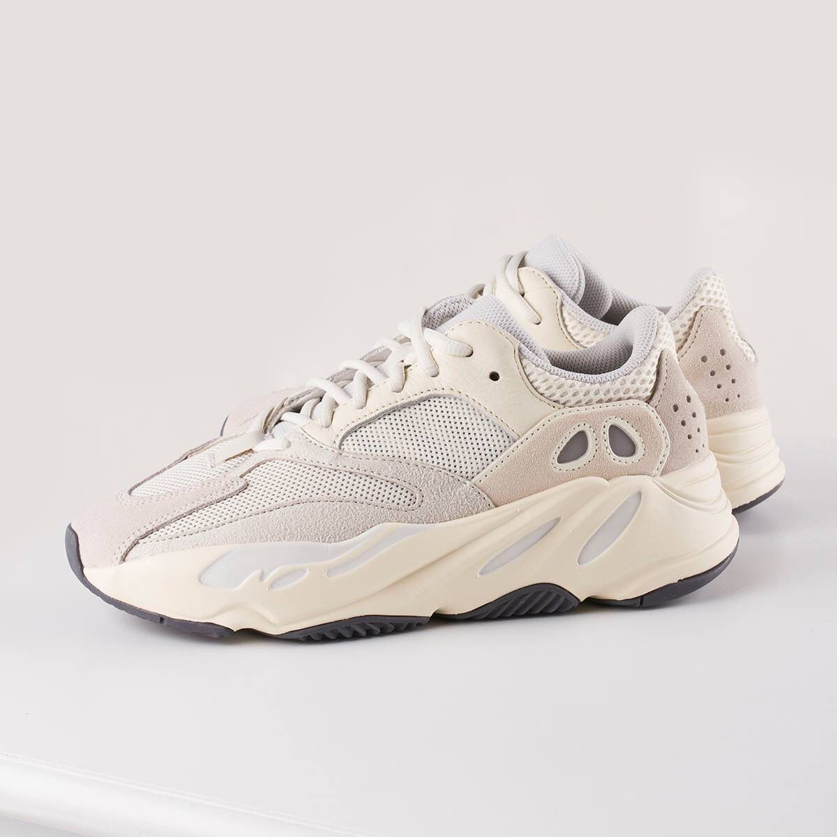 56640d38ee944 Adidas yeezy 700 only $46 in amazon.com and get one free gift ...
